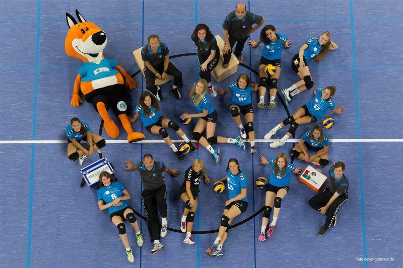 Offizielles_Team-Foto_des_VC_Wiesbaden__Foto-Detlef-Gottwald