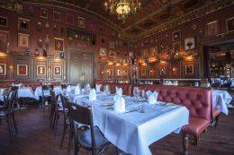 Restaurant_Kaefers_03