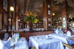 Restaurant_Kaefers_04