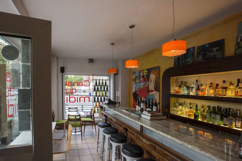 Restaurant_Canal01