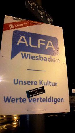 alfaplakat_wiesbaden_menschenrechtestattrechtemenschen