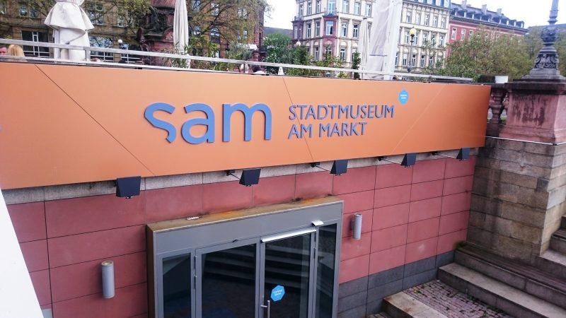 SAM_Stadtmuseum_am_Markt_Wiesbaden_