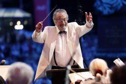 09.08.2014, Abschlusskonzert Bad Homburger Sommer mit dem Johann-Strauß-Orchester Wiesbaden.Dirigent Herbert Siebert.Foto: Heiko Rhode, Bad Homburg. ***WWW.FOTO-RHODE.DE***