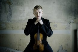 Pekka Kuusisto High Res 2 - credit Kaapo Kamu